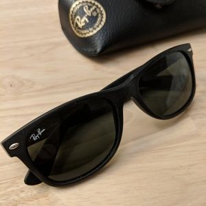 00f8fce429 Men s Sunglass Ray Ban on Poshmark